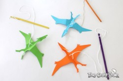 Crafternoons - Make Your Own Pterodactyl Puppet!