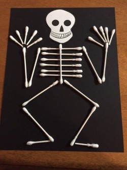 Crafternoons - Cotton Swab Skeletons!